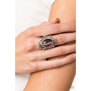Fairytale Flair Purple Cat's Eye Ring